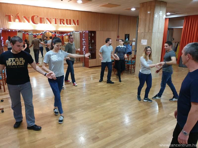 Februárban új kezdő társastánc tanfolyam indul  felnőtteknek a TánCentrumban
